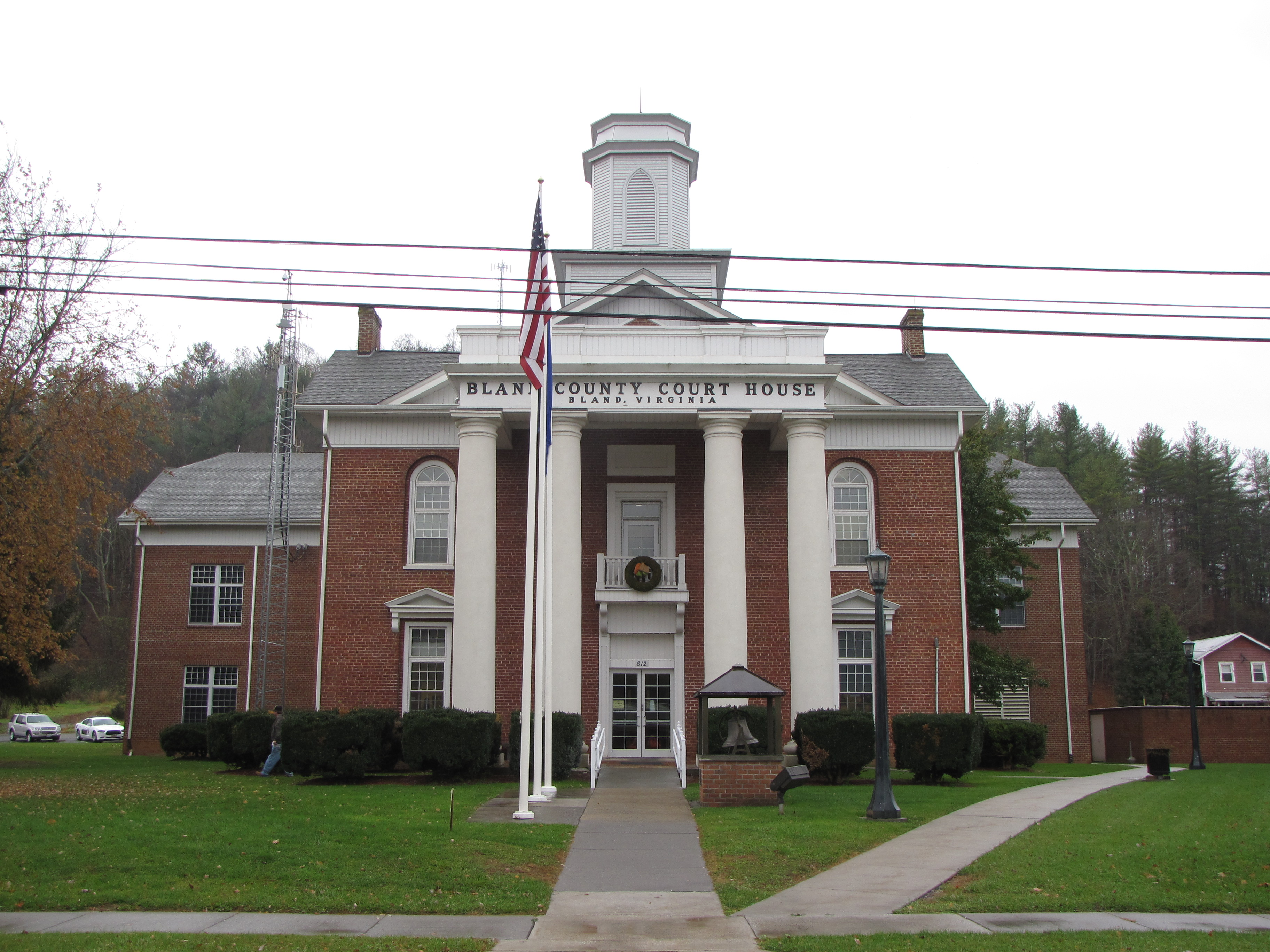 Bland County Courthouse   Courthouse   Gallery   Official